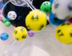【中2数学】確率について2~宝くじと確率